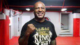UFC 212: L'ex allenatore di Anderson Silva, all'angolo di Kelvin Gastelum