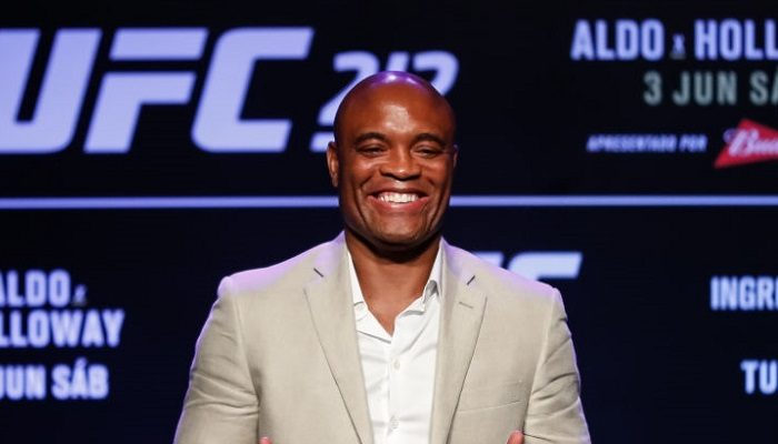 Anderson Silva ha rifiutato Yoel Romero per UFC 212?